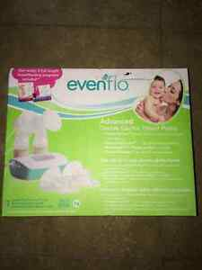 Evenflo Advanced Double Electric Breast pump . NEW!