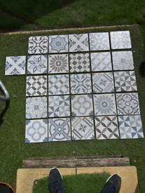 25x modern wall tiles 200mmx200mm