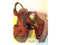 ❤️🌟 Fly London Gold wedge leather sandal in Red devil tan 6