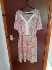Dress George Size 10