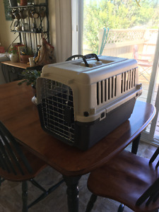 Dog / Cat Kennel - Great Condition