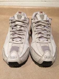 Women's Nike Shox Running Shoes Size 8.5 London Ontario image 7