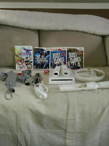 Wii Nintendo and games for sale - $125 (Montreal)