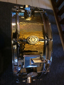 "PACIFIC Hand Hammered B20 Phosphor Bronze Snare Drum 14"" x 5"" Kingston Kingston Area image 2"