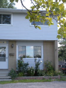 RENT OR RENT-TO-OWN - DESIRABLE SOUTH END NIAGARA