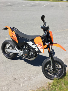 2009 KTM 690 SMC