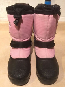 Girls Baffin Winter Boots Size 4 London Ontario image 2