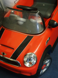 kids car electric operated only £30