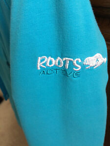 Roots Size S Cotton Zip Up London Ontario image 2