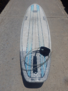 Quick Sale! As New 6'10 BruSurf Surfboard + leash & carry bag!