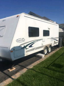 Roulotte Trail Cruiser 23' 2003  3200 lbs