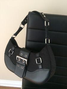Excellent condition - cute purse