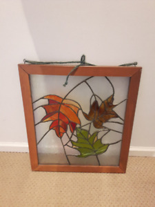 Nice Beautiful Old Vintage Square 3 Leaves Stained Glass w/ Woo