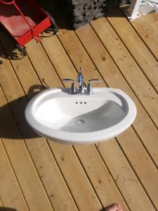 Bathroom Sinks Kijiji Calgary pedestal sink | need a sink, toilet or shower? great deals on