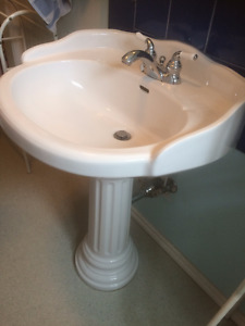 Bathroom pedestal sink, including taps