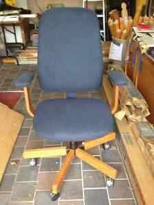 OFFICE CHAIRS West Island Greater Montréal image 1