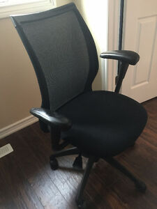 Haworth Improv Desk Office Chair  *** FREE DELIVERY ***
