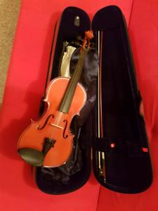 4/4 Full size Stentor violin