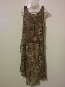 Animal Print, Sleeveless Cape-Like Party Piece