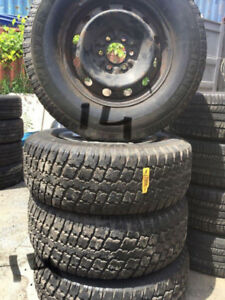 265 70 17 Winter tire with rim of Ford on sale