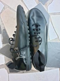 Football boots men size 12