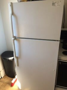 FRIDGE, WASHER/DRYER & STOVE for SALE.