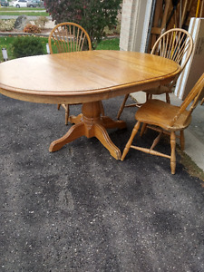 GREAT DEAL on a Solid Oak Dining Set