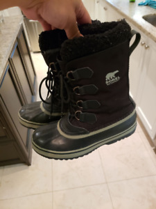Boys Sorel Winter Boots - Worn one season