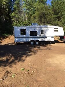 1998 26' Fifth-Wheel for sale