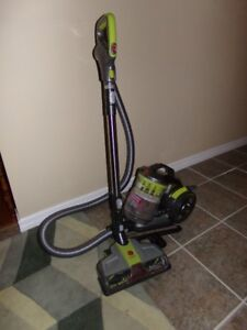"""BRAND  NEW  HOOVER  """"AIR"""" CANISTER VACUUM  WITH  ACCESSORIES"""