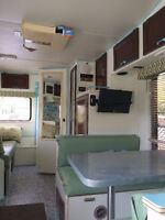 Reduced. Redone interior. Don't miss out!!! 1987 Ford Holidaire