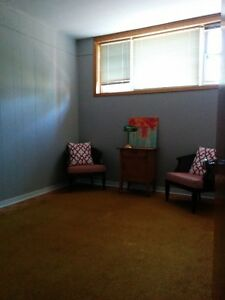 Spacious and clean, close to SLC and Queens, ALL INCLUSIVE