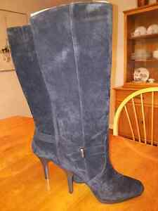 Brand new size 10 boots