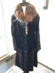 Fur Coat Mink, Morris Furs, fits sz 6-8, Excellent Contition