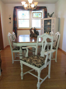 Professionally Refinished Antique Walnut Table and 6 Chairs