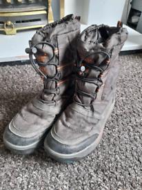 Next snow boots kids size 1