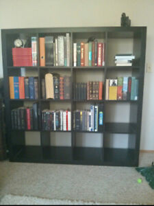 SELLING VERSATILE BOOK/WALL CASE