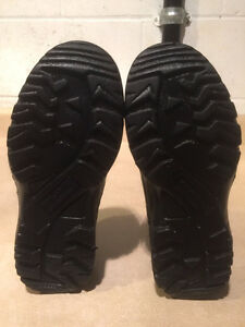 Women's Work Centre Steel Toe Work Shoes Size 6 London Ontario image 3