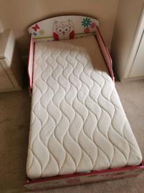 Junior owl bed.