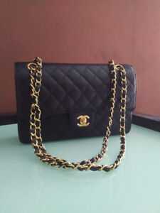 Chanel medium flap bag in excellent condition