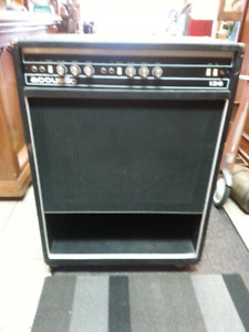 Acoustic 136 Bass Amp