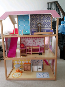 Kidcraft Dollhouse with furnitures