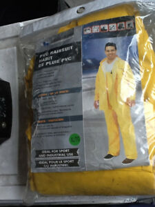 Rain Suit Full Jacket and Pants. XL