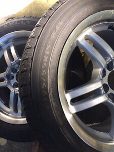 Set of All Season Tires with Alloy Rims Kitchener / Waterloo Kitchener Area image 7