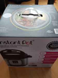 Instant pot, pressure cooker, brand new, still in packaging