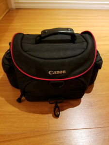 Canon 200SR DSLR Camera Bag