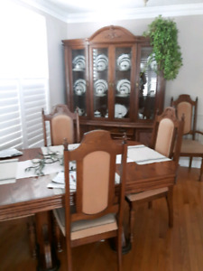 Dining Room Suite complete for $550