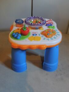 Fisher Price - Activity/Musical Table