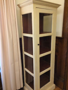 Cabinet - Sold pending pick up