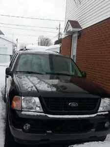 2004 Ford Explorer XLT for sale !